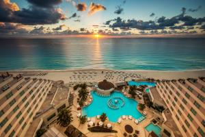 Photo of Me Cancun   Complete Me   All Inclusive