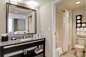 Queen Room with Two Queen Beds - Mobility Accessible