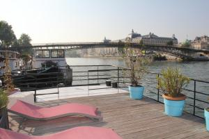 Photo of Houseboat Champs Elysees