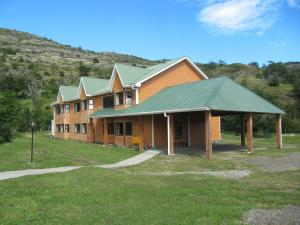 Photo of Hotel Cabañas Del Paine