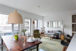 Two-Bedroom Apartment - Keap Place
