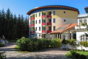 Photo of Hotel & Kurpension Weiss