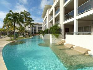 Paradisus Junior Suite Swim Up