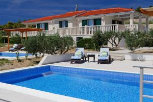 Holiday Homes Oliva, Holiday homes  Bol - big - 17