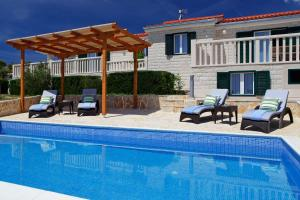 Holiday Homes Oliva, Holiday homes  Bol - big - 24