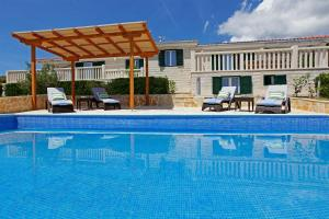 Holiday Homes Oliva, Holiday homes  Bol - big - 26