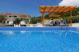Holiday Homes Oliva, Holiday homes  Bol - big - 55
