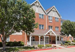 Photo of Towne Place Suites By Marriott Dallas Bedford