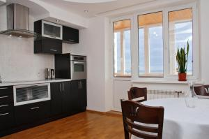 Kiev Pozniaky Apartment, Киев