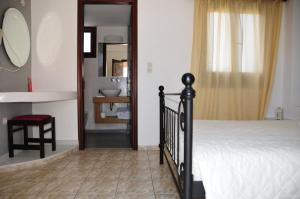 Anessis Apartments, Residence  Fira - big - 12