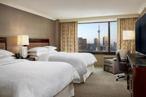 Deluxe Queen Room with Two Queen Beds - High Floor with Free Wi-Fi