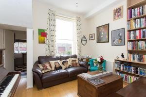 Apartment Kelvin Road - Highbury in London, Greater London, England