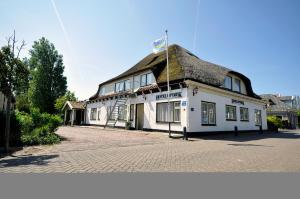Photo of Hotel Op Diek
