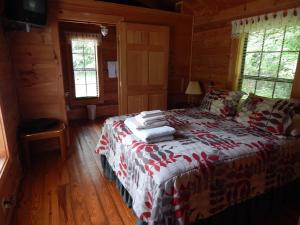 Riverside One Bedroom Cabin - Disability Access