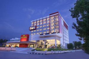Photo of Hotel Santika Palu