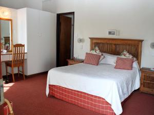Premier Double or Twin Room with Garden View