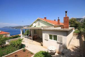 Holiday home Hvar 8793