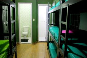 Single Bed in Dormitory Room (9 adults)