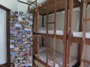 Bed in 6-Bed Mixed Dormitory Room with Air Conditioning