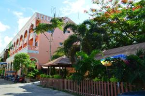 Photo of La Paillote Guest House