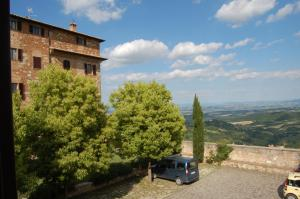 Photo of Appartamenti Locanda Del Cardinale