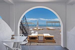 Azzurro Suites, Aparthotels  Fira - big - 32