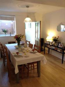 Easter Cottage B&B, Bed & Breakfasts  Gurnard - big - 8