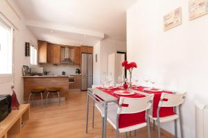 Foto Two Great Apartments near Sants Station