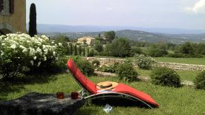 B&B La Bastide Desmagnans, Bed & Breakfast  Lacoste - big - 4