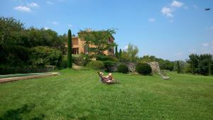 B&B La Bastide Desmagnans, Bed & Breakfast  Lacoste - big - 24