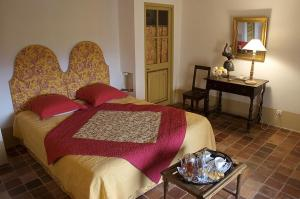 B&B La Bastide Desmagnans, Bed & Breakfast  Lacoste - big - 7