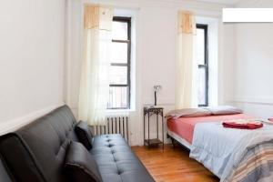 Two Bedroom Apartment - 1st Avenue