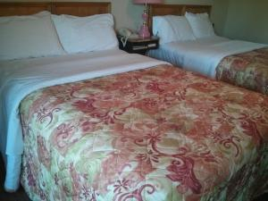 Quadruple Room with Two Double Beds - Smoking