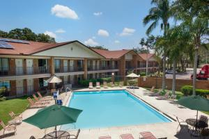 Photo of Ramada Inn   Tampa