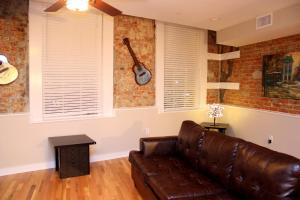 Photo of French Quarter Luxury Two Bedroom Suite 201