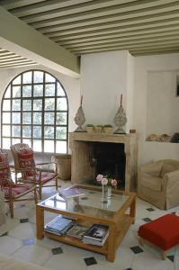 B&B La Bastide Desmagnans, Bed & Breakfast  Lacoste - big - 23