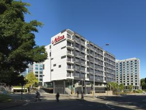 Photo of Adina Apartment Hotel Sydney Airport