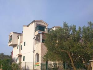 Photo of Apartments And Rooms Saric