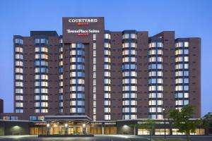 Photo of Courtyard By Marriott Toronto Northeast/Markham