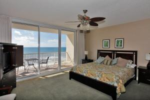 Studio Apartment 508 with Sea View