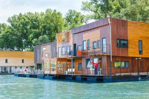 Photo of Arka Barka 2  Floating Dream Apartments