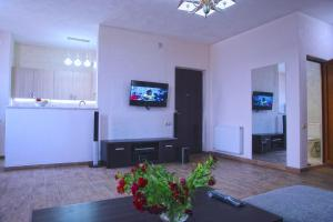 New apartment 2 in the city center, Апартаменты  Батуми - big - 12