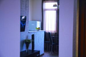 New apartment 2 in the city center, Апартаменты  Батуми - big - 16