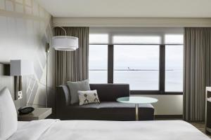 King or Double Room with Waterfront View
