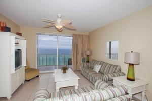 Two-Bedroom Apartment 603W with Sea View