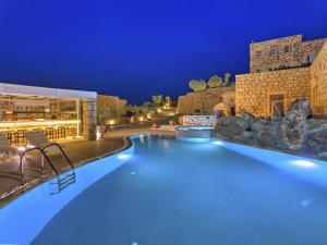 Eirini Luxury Hotel Villas - 29 of 33