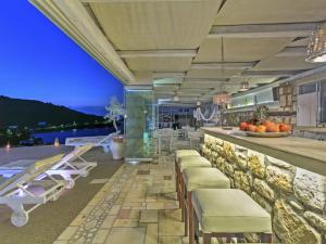 Eirini Luxury Hotel Villas - 20 of 33