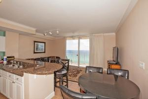 One-Bedroom Apartment 906  with Sea View