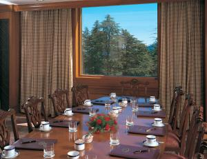 Wildflower Hall Shimla, Отели  Шимла - big - 67