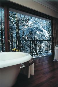 Wildflower Hall Shimla, Отели  Шимла - big - 73